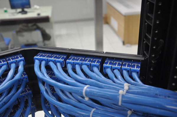 新万博网页某工厂综合布线工程案例