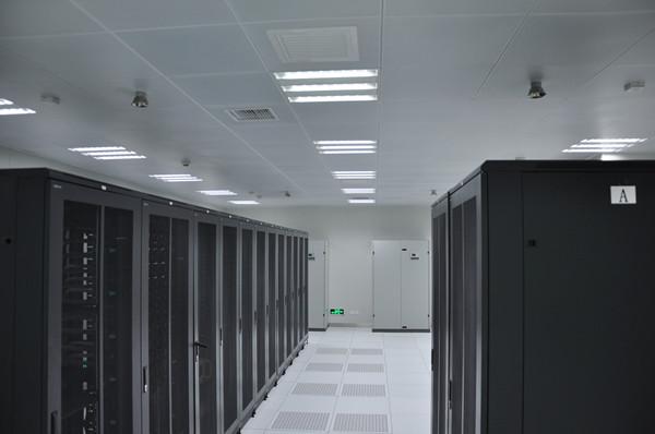 新万博网页某电梯厂区机房建设