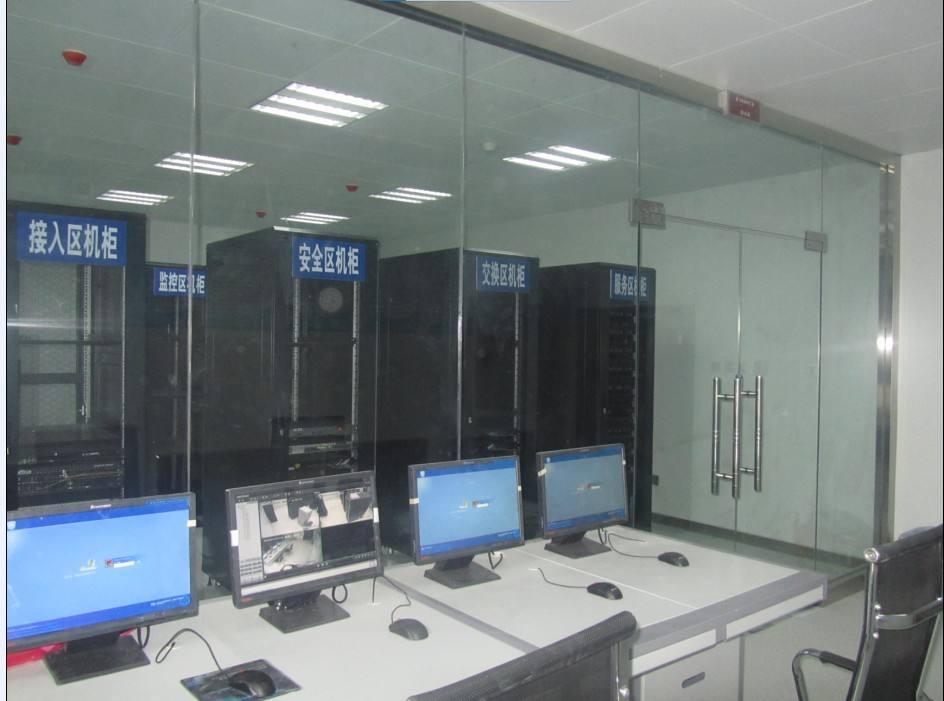 新万博网页某政府机构机房建设案例
